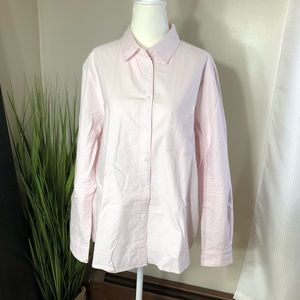 Uniqlo light pink cotton button down shirt